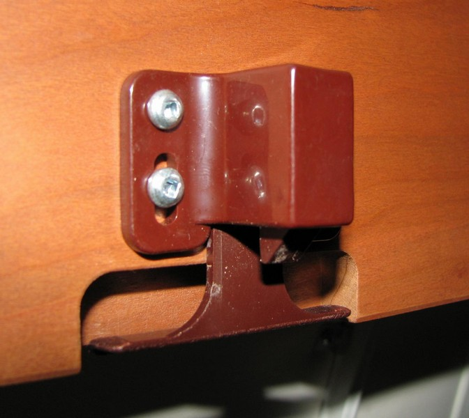 Meryl and Me Hit the Road: Roadtrek's Cabinet Latches