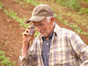 Image: Farmer Clem meets the 21st Century, by Bill Davenport on FreeImages