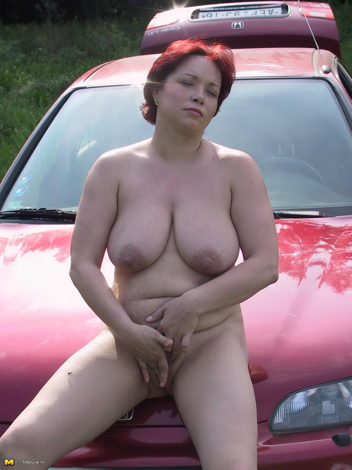 66 year old slut linda - 2 4