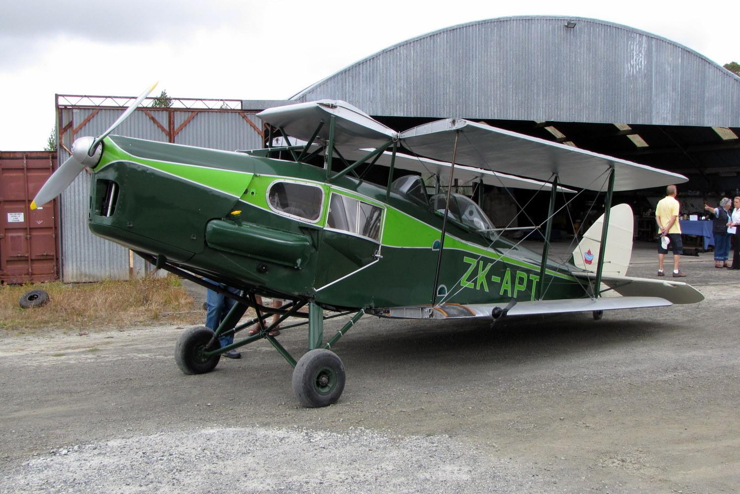 NZ Civil Aircraft: Tiger Moths at North Shore Flyin