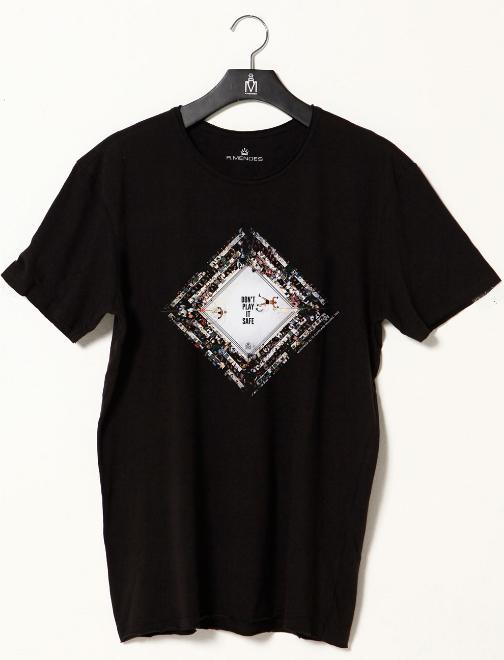 886d04411 08) CAMISETA MASCULINA SAFE PRETA Camiseta branca em algodão premium fio 40  com estampa apresentando a luta icônica de Muhammed Ali contra Cleveland ...