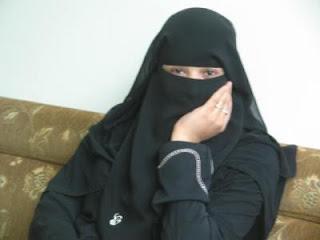 سوريه مقيمة بالامارات ابو ظبى ابحث عن زوج مناسب ميسور الحال