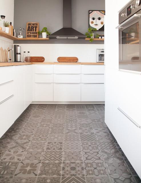 günstige Ikea Küche inklusive Geräte für 5000 Euro