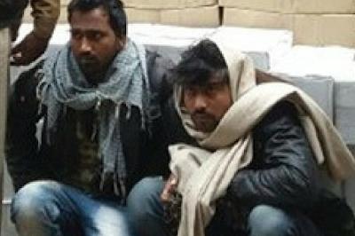 आलू की बोरियों में छिपाकर करते थे शराब की तस्करी, 3 गिरफ्तार