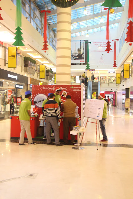 DLF Place, Saket organises 'Christmas for Good' in association with Feeding India
