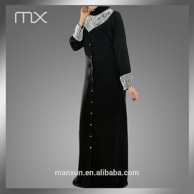abaya modern dengan pemanis bordir dan kancing