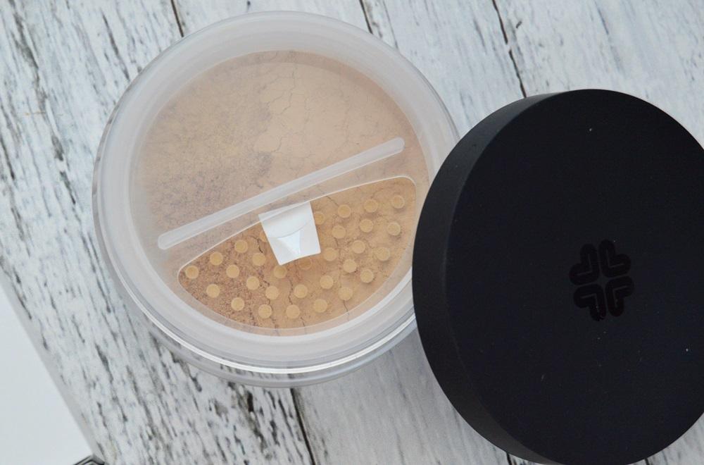 Lily Lolo - Podkład mineralny SPF15 w kolorze Warm Honey