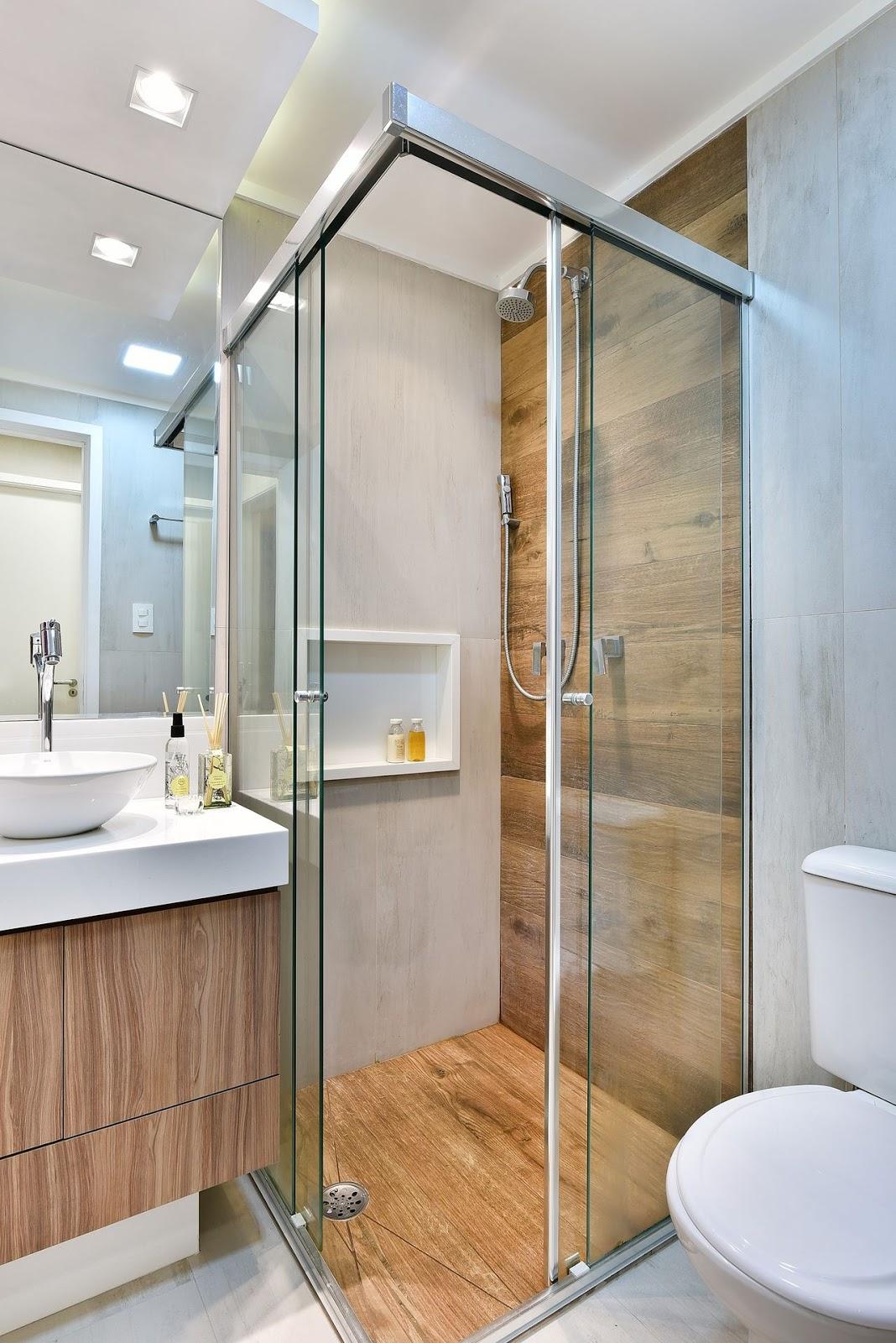 10 banheiros com porcelanato cimento queimado jeito de - Piso pequeno moderno ...