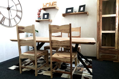 stoly Reaction, kuchynský nábytok, nábytok do jedálne