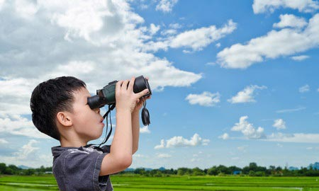 Apakah Boleh Anak-Anak Melihat Gerhana Matahari Secara Langsung?, berikut ini adalah tips dan juga penjelasannya