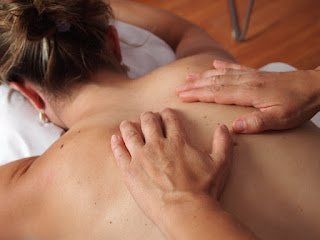 Back and shoulder pain in Green River Wyoming Katelyn Pertile PT massage