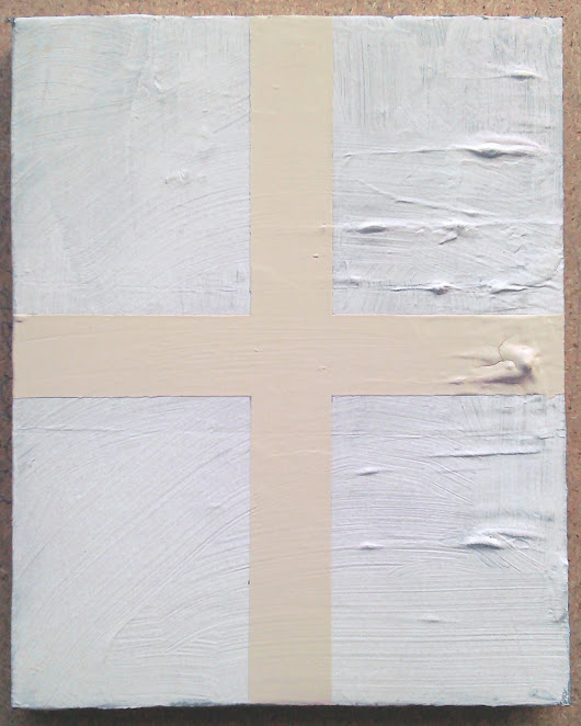 White Form (Mixed media on canvas, 25cmx20cm 2014)