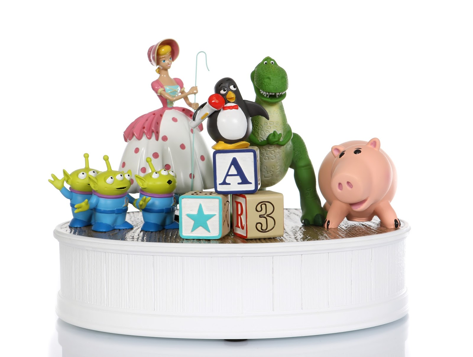 toy story characters figurine sculpture disney park art