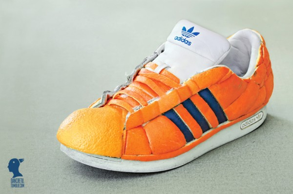 tenis adidas hecho con naranja