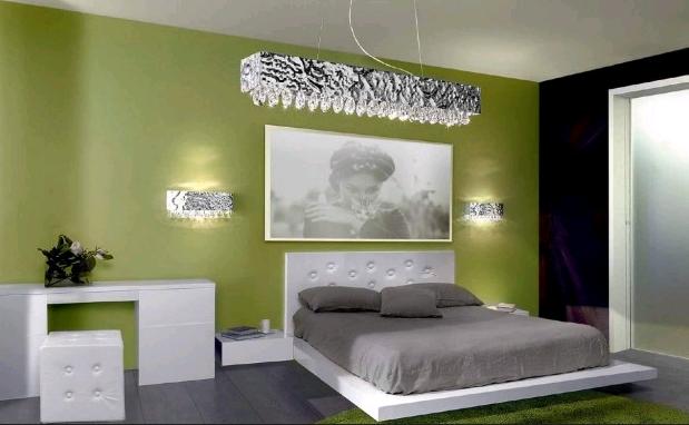 Consigli d 39 arredo il colore verde nell 39 arredamento - Camera da letto verde mela ...
