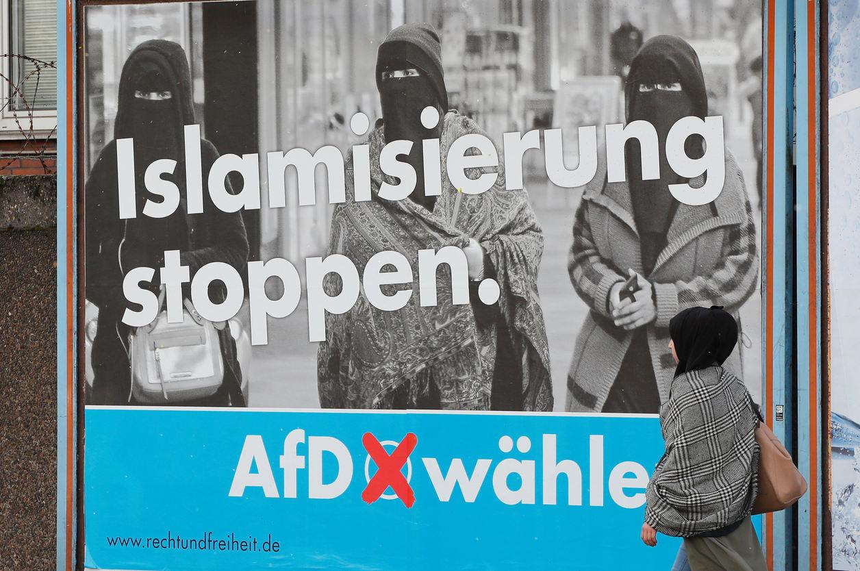 Reklamcensur affisch med stand stoppas