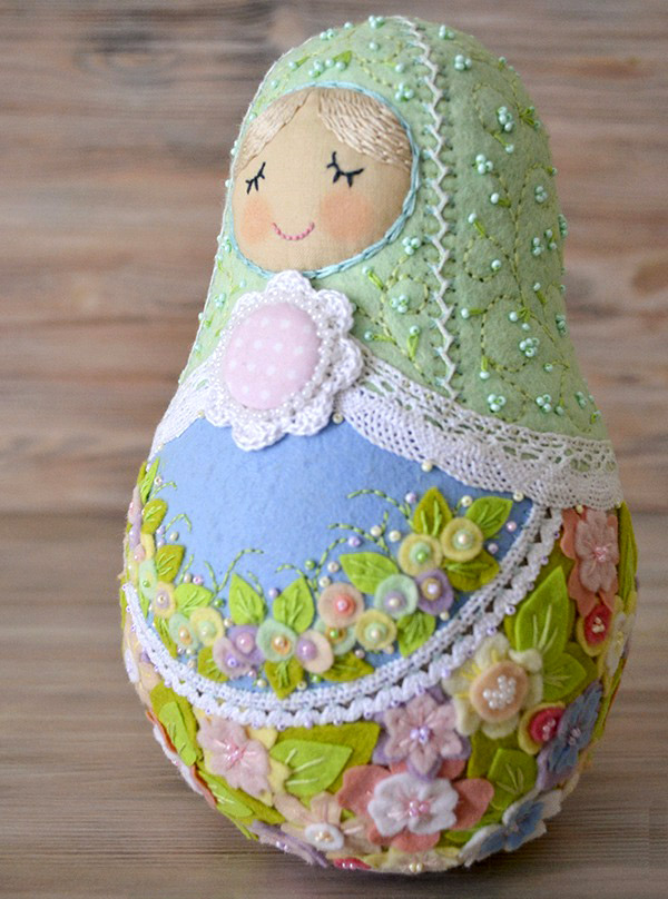 Felt Matryoshka (Babushka) Russian Doll Sewing Pattern Tutorial