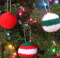 http://www.innerchildcrochet.com/patterns/christmasballs.php