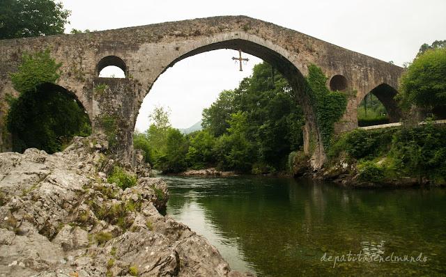 Puente de piedra de Cangas de Onis