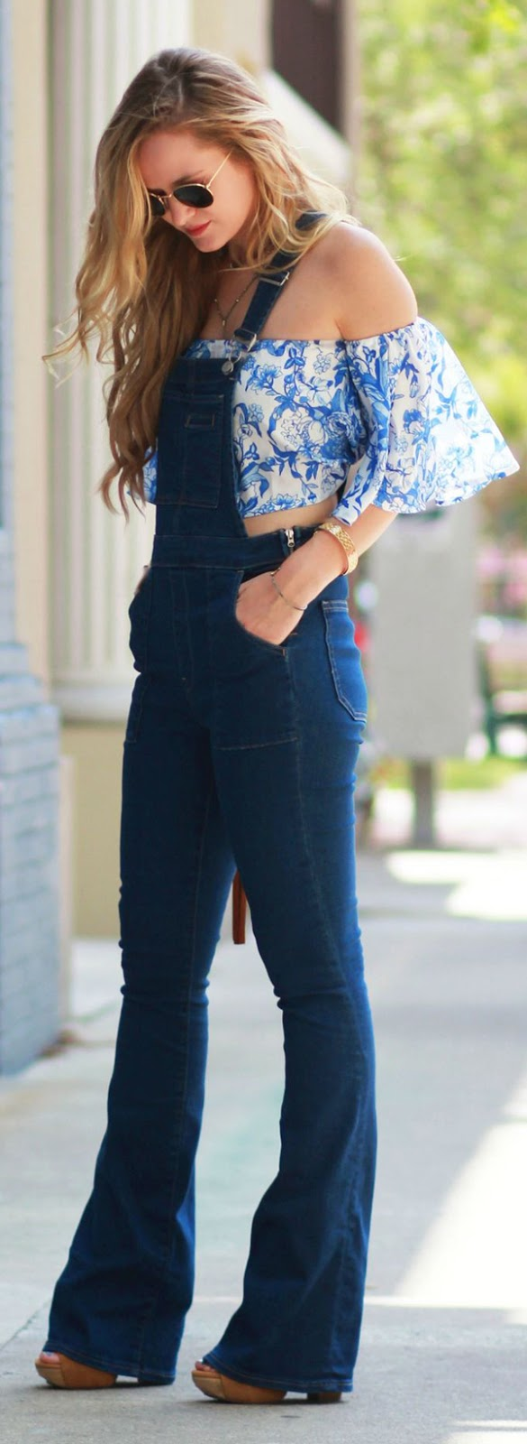 ruffle top + overalls