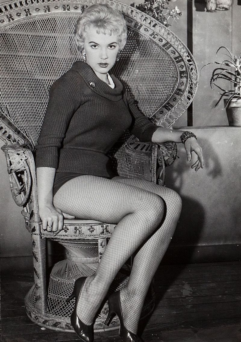 Actress sexy woman