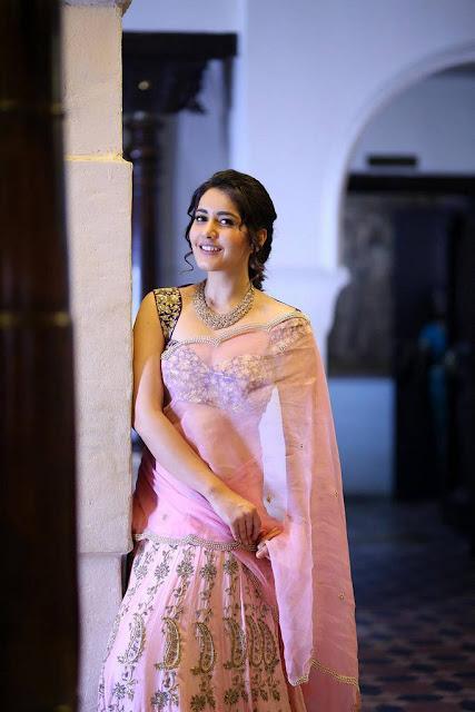 Rashi Khanna Hot 2017