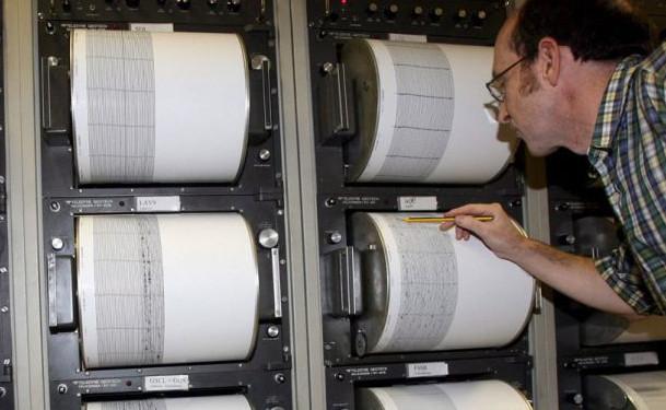 ΕΚΤΑΚΤΟ: Σεισμός στην Εύβοια