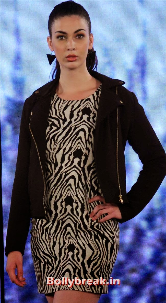 Van Heusen Spring Summer 2014 Limited Edition Collection Launch, Deepika Padukone at Van Heusen Spring Summer 2014 Collection Launch