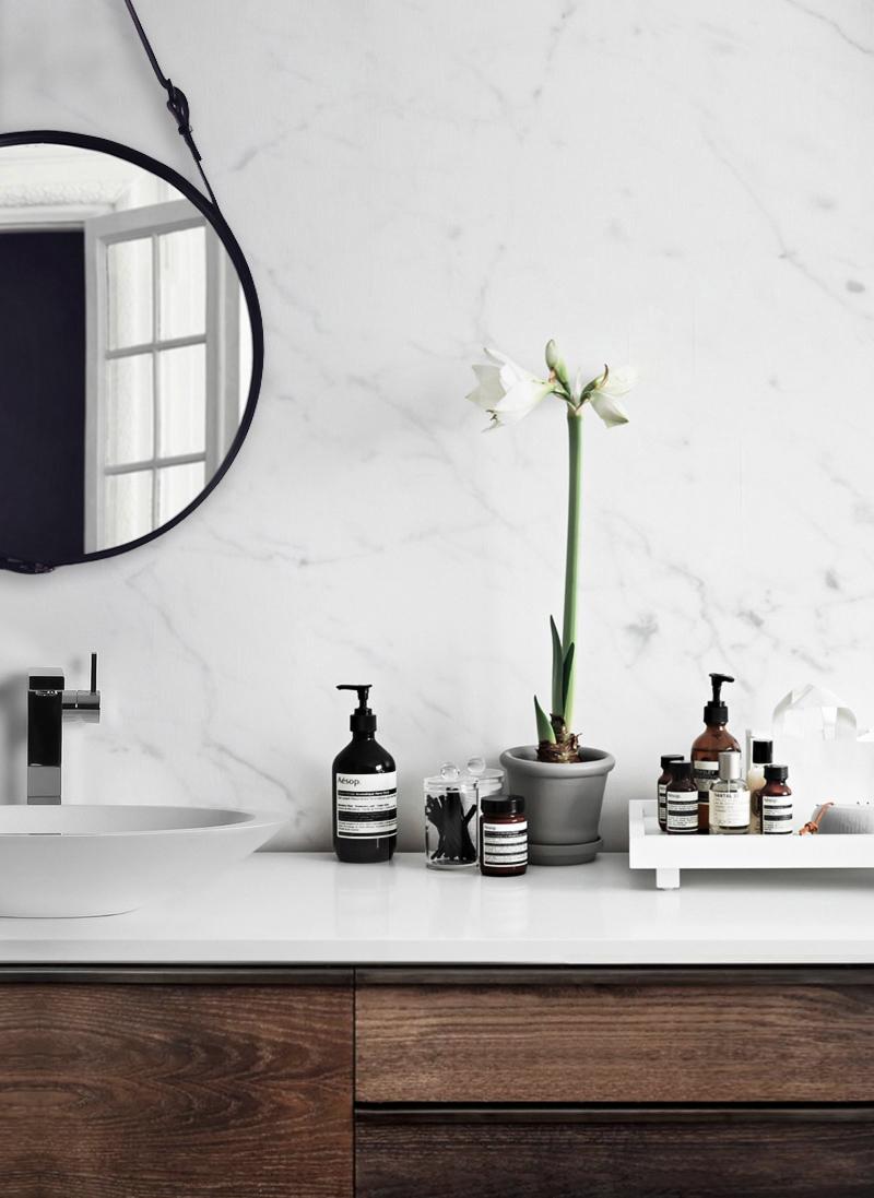 Tip For A Quick Bathroom Makeover