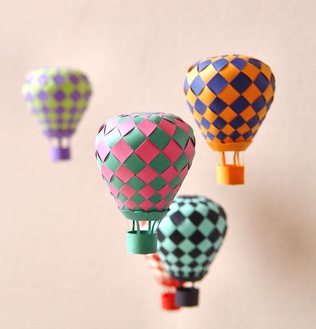 Как сделать воздушный шар с корзиной из бумаги