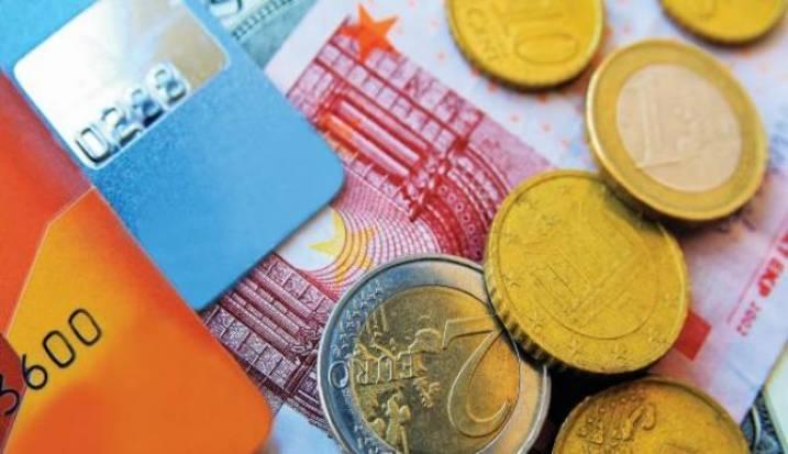 Ακόμα ψάχνουν τους 1.000 τυχερούς της πρώτης λοταρίας για να τους δώσουν από 1.000 ευρώ