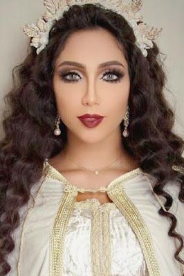 دنيا باطمة (Dounia Batma)، مغنية مغربية