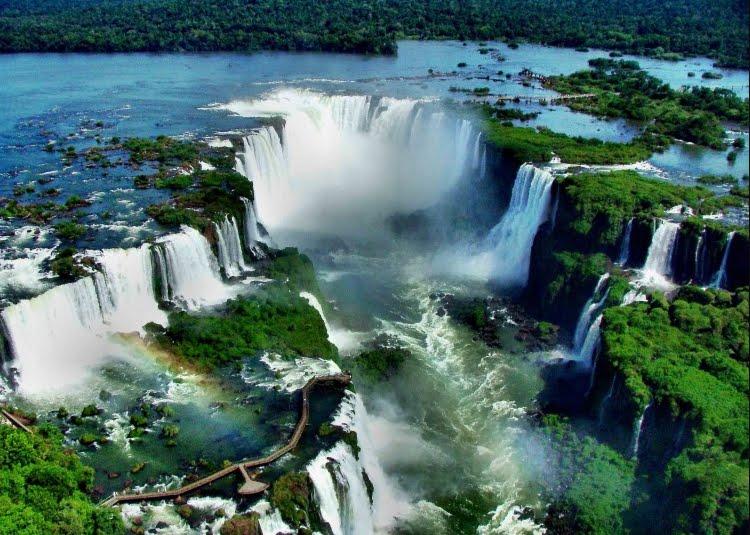 Brasile: Cascate di Iguazu tra paradiso, cinema e leggenda