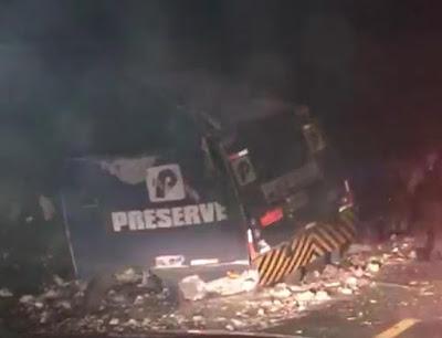 Image result for Criminosos explodem carro-forte sem dinheiro na BR-423