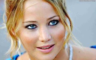 Jennifer Lawrence night club video