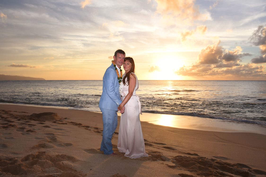 North Shore Wedding: Stunning Sunset - photo#11