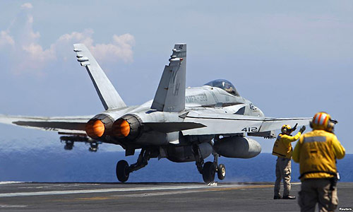 Twin-Engine-FA-18-Super-Hornet-fighter-jet