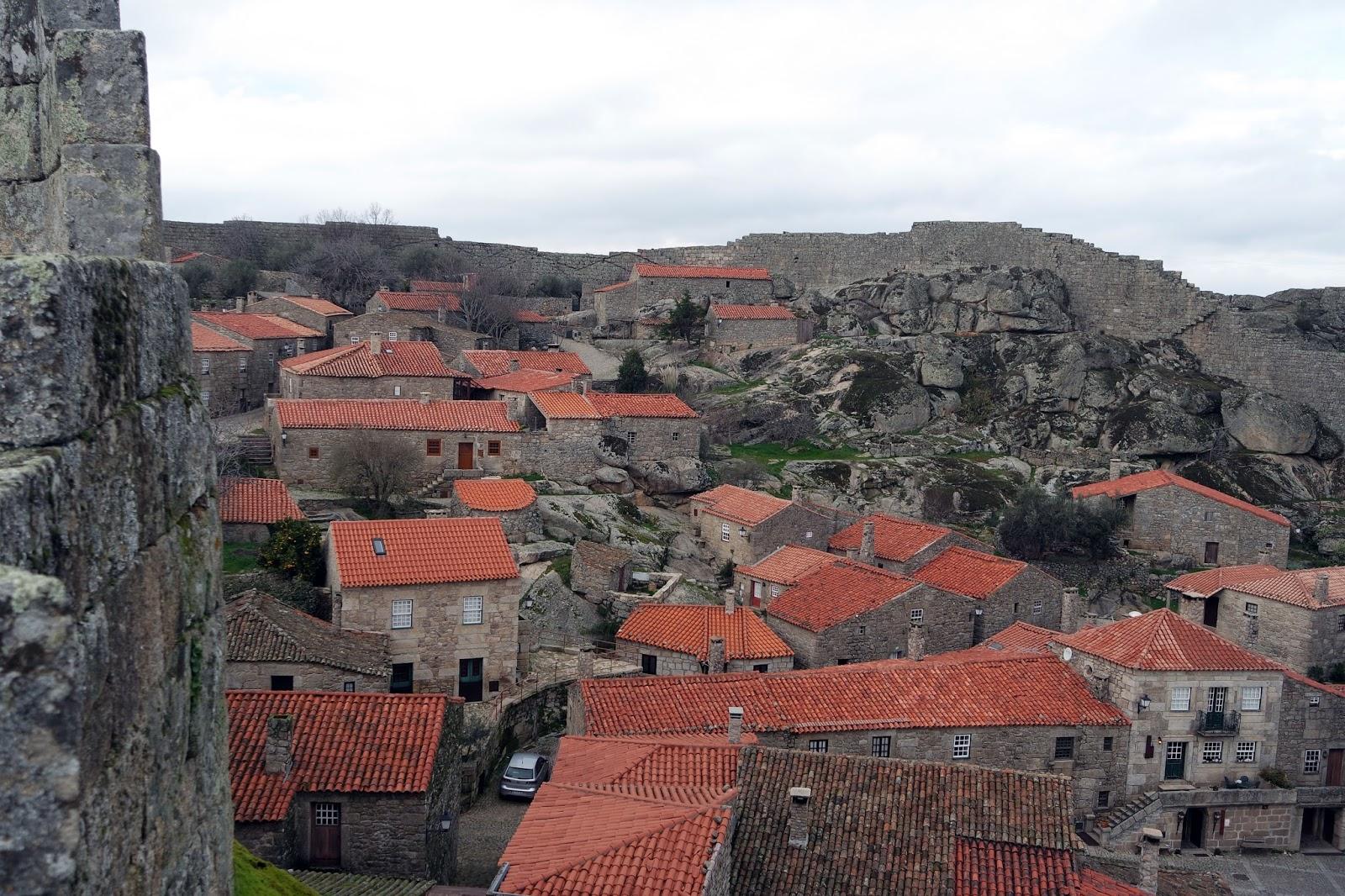 http://aondenaoestou.blogspot.pt/2016/02/aldeias-historicas-de-portugal-sortelha.html