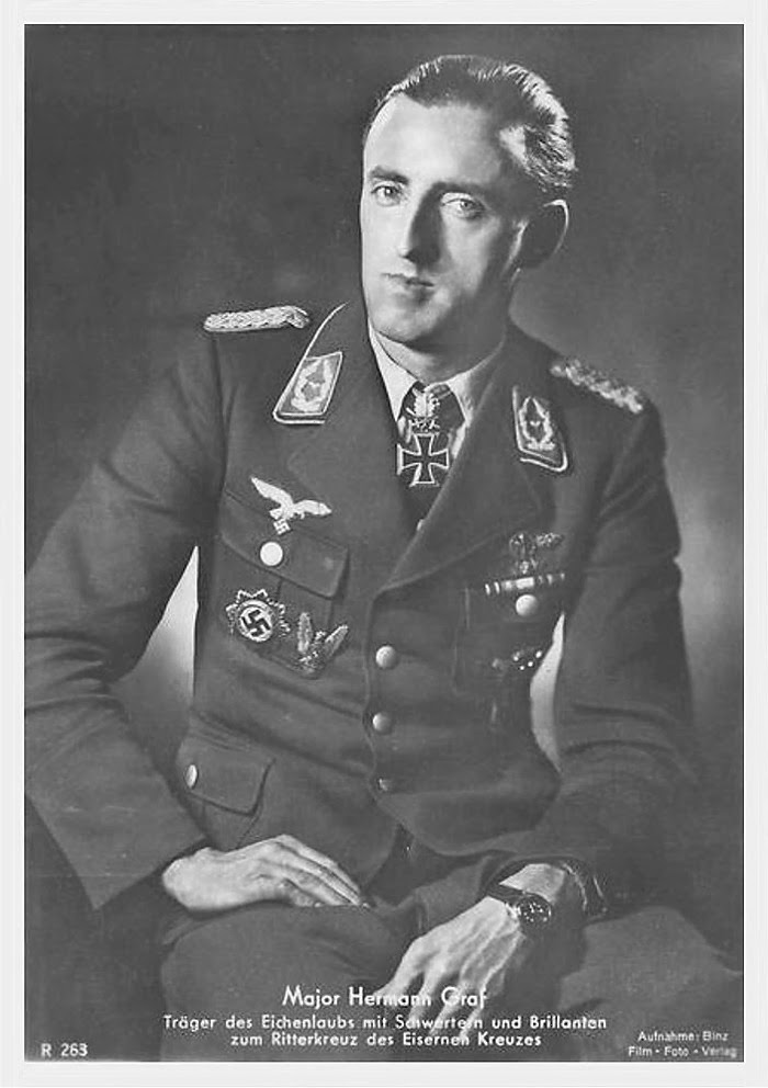 Hermann Graf Ritterkreuzträger Knight Cross Holder Postcard