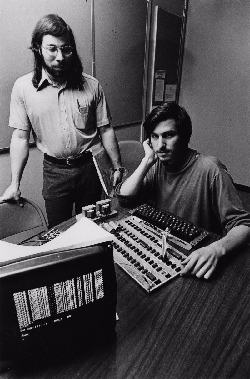 30 Fascinating Photographs Of A Young Steve Jobs In The