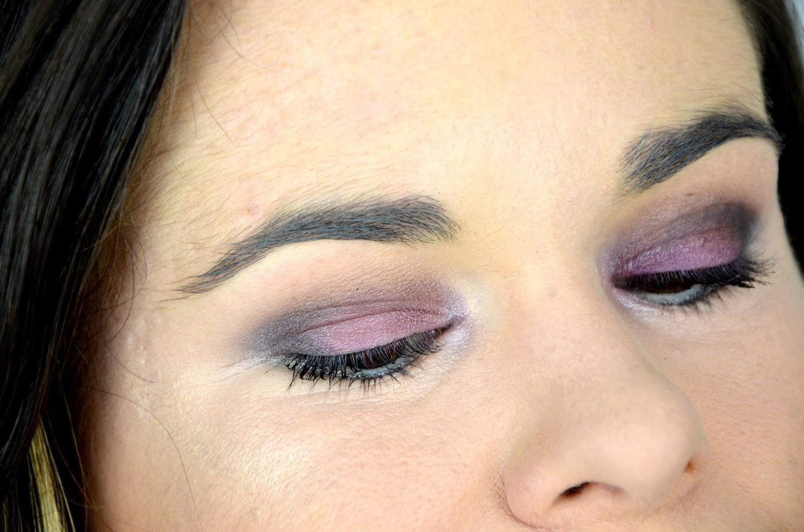 comment porter le violine sur les yeux tutoriel maquillage kat von d