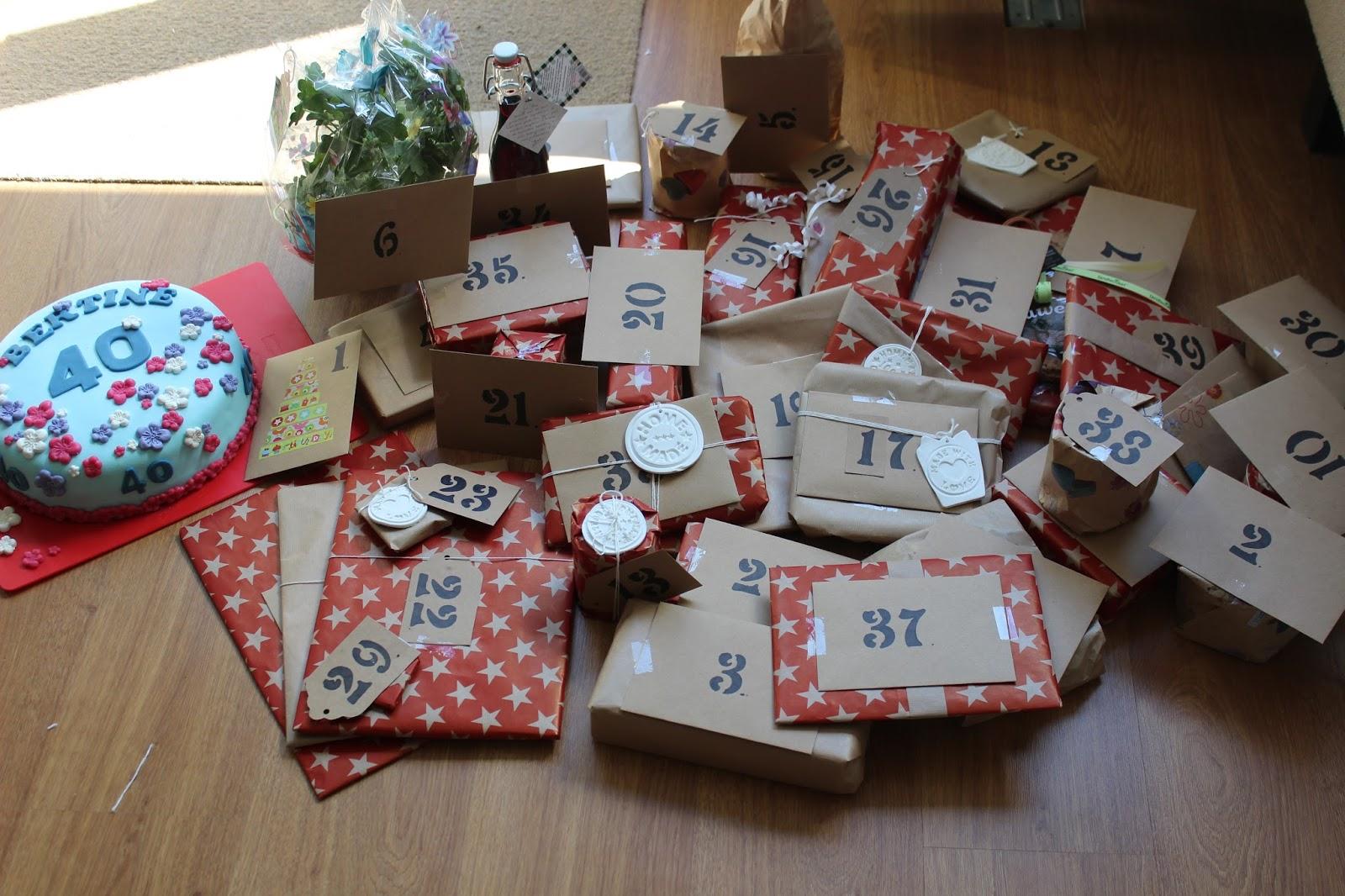 40 jaar pakket stippen en ruiten: 40 jaar = 40 cadeautjes 40 jaar pakket