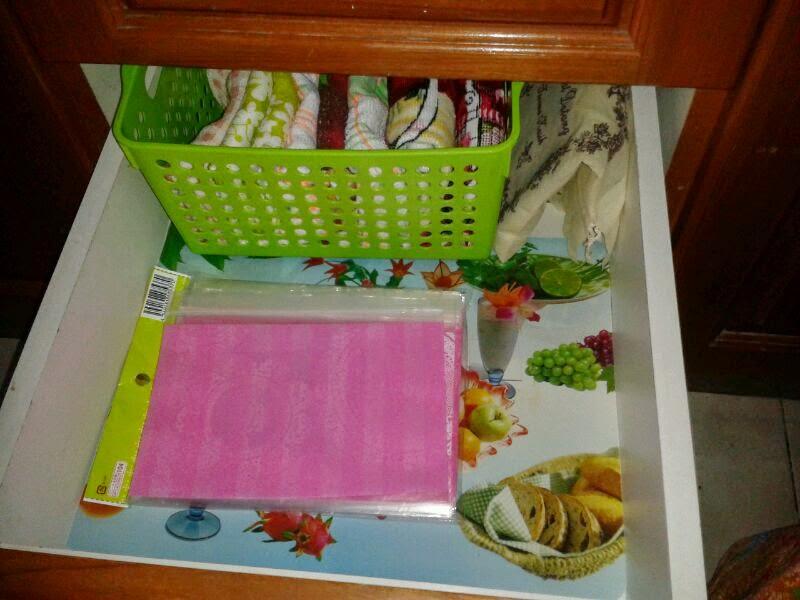 Rencah Kehinku Simpan Barang Dalam Laci Kabinet Dapur