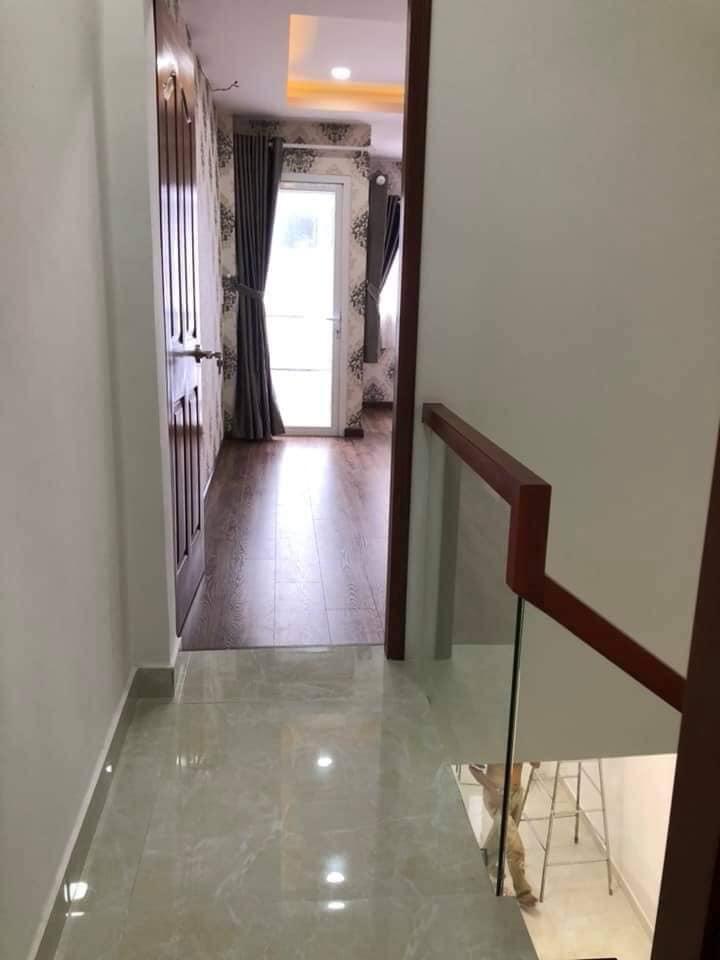Bán nhà mới xây đường Cao Xuân Dục phường 12 Quận 8. DT 3,5x12m