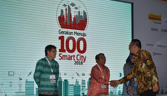 Gerakan Menuju 100 Smart City Plt Bupati Zainuddin Mars Mou Dengan Kemenkominfo Lentera24 Com