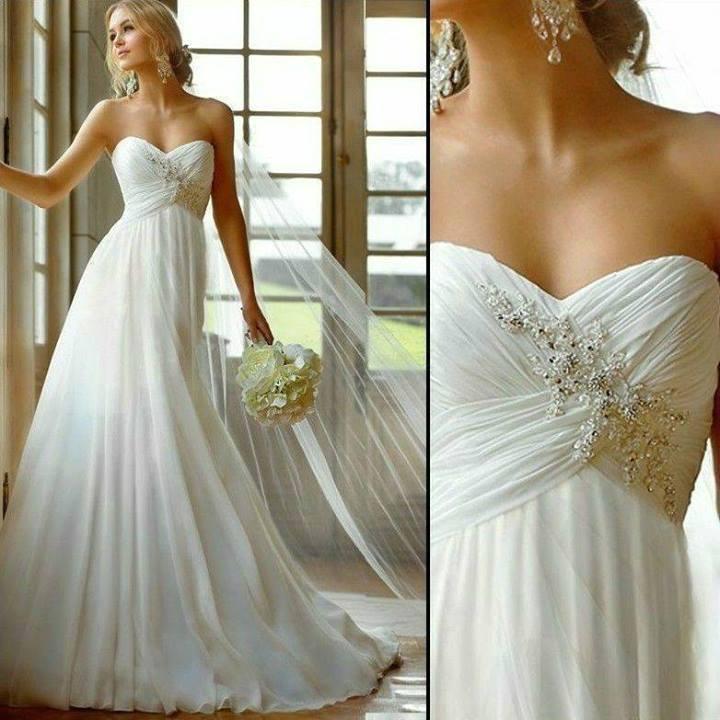 Vestido de Novia elegante y moderno con pedrería