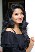 Deepthi Shetty looks super cute in off shoulder top and jeans ~  Exclusive 70.JPG