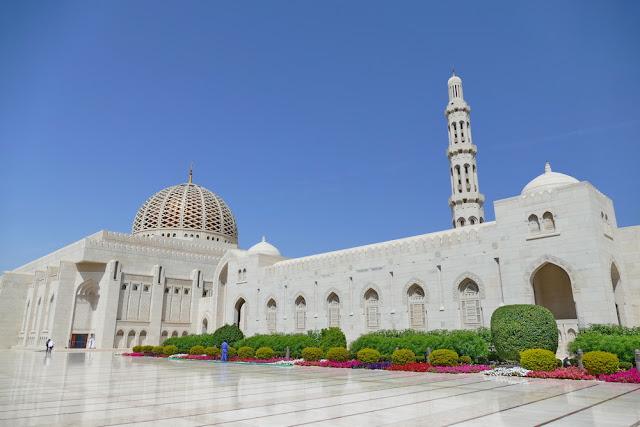 gross, Minarett, Sultan, Qabus, Moschee, Muscat, Oman, weiss, Marmor, Garten