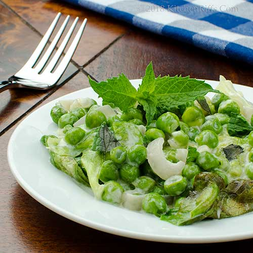 French-Style Braised Lettuce and Peas