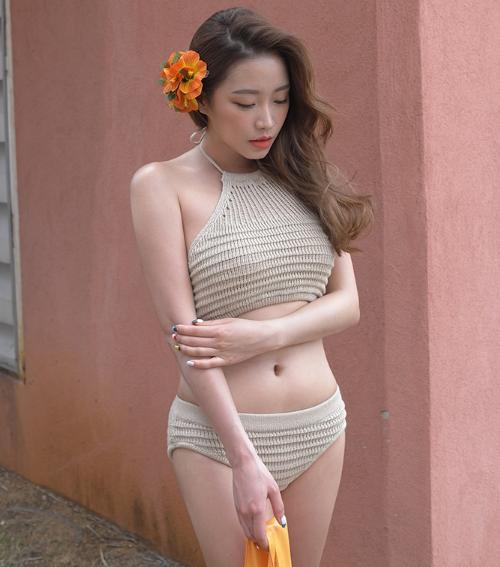 Knit Halterneck Bikini